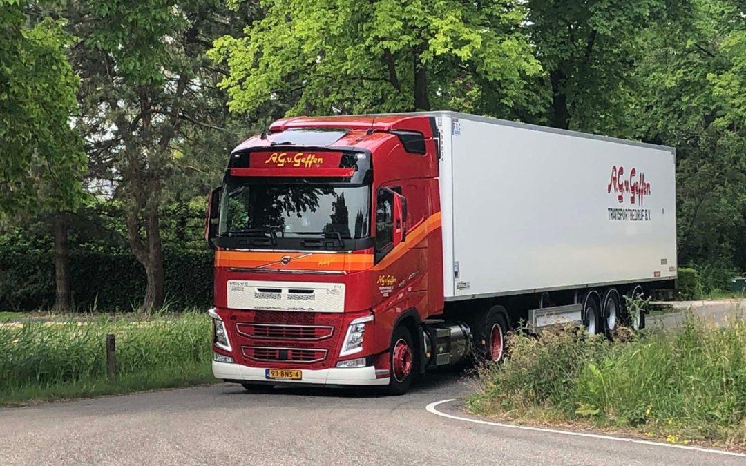 """Van Dijk Trucks klant Arjan van Geffen over de Volvo FH LNG: """"Eerlijk is eerlijk: de prestaties zijn op dit moment het beste van alle voertuigen"""""""