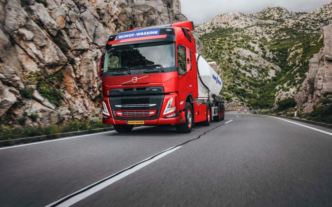 Honderd Volvo-trucks voor Nijhof-Wassink