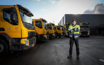 Gemeente Woerden verduurzaamt verder met vier nieuwe hybride vuilniswagens