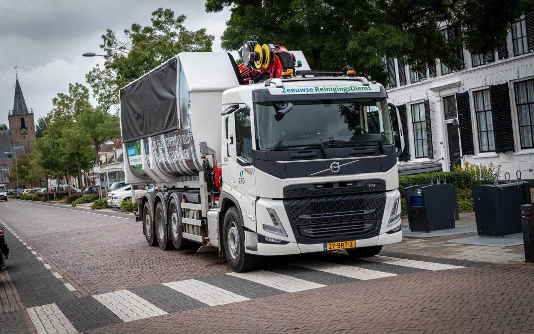 Zeeuwse Reinigingsdienst zamelt glas in met nieuwe Volvo FM